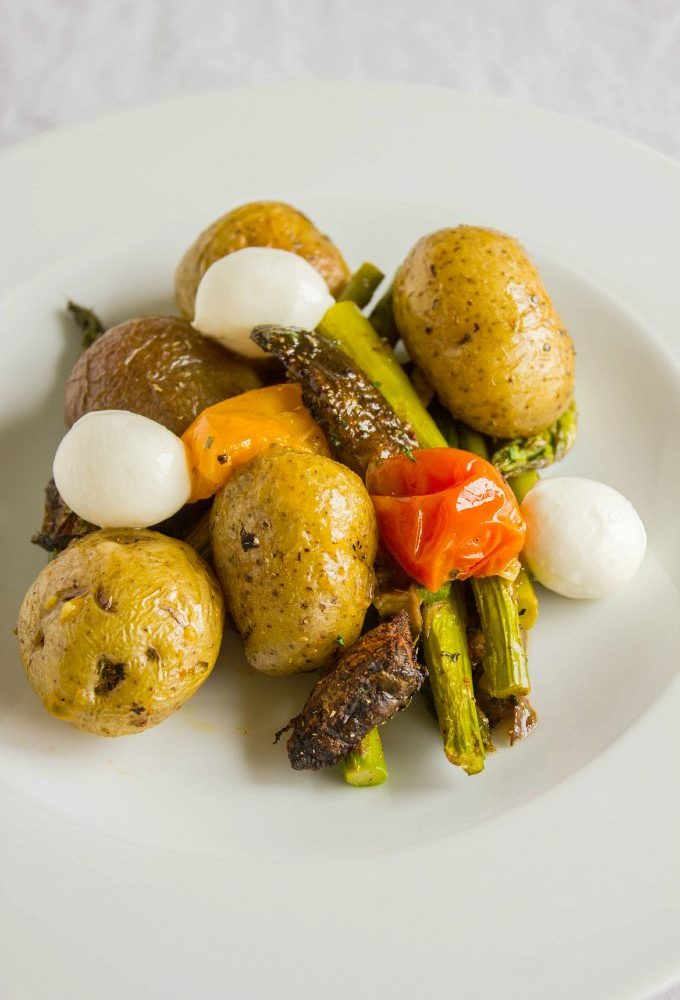 Easy Creamer Potatoes with Roasted Vegetables