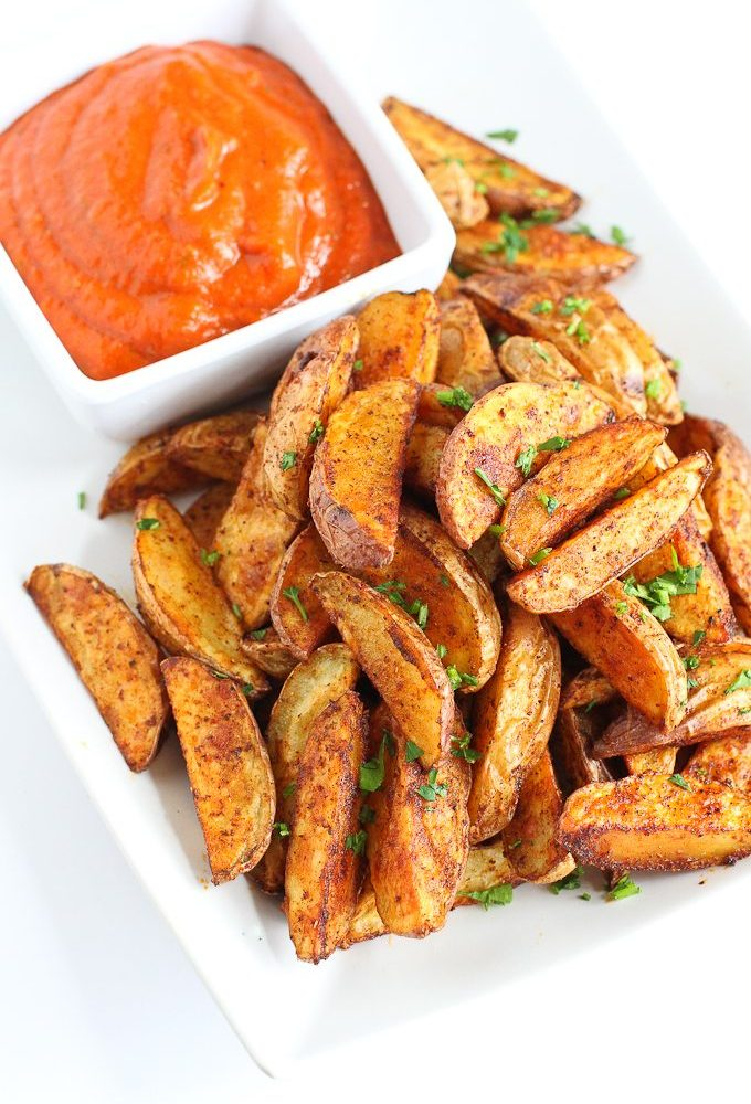 Southwestern Potato Wedges with Red Pepper Jalapeño Dip