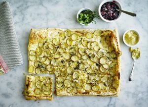 Puff pastry with onions and Creamer potatoes